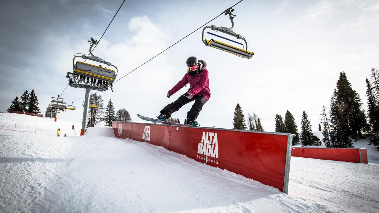 Girls Shred Session Alta Badia 2017/18 – Snowboard Teaser