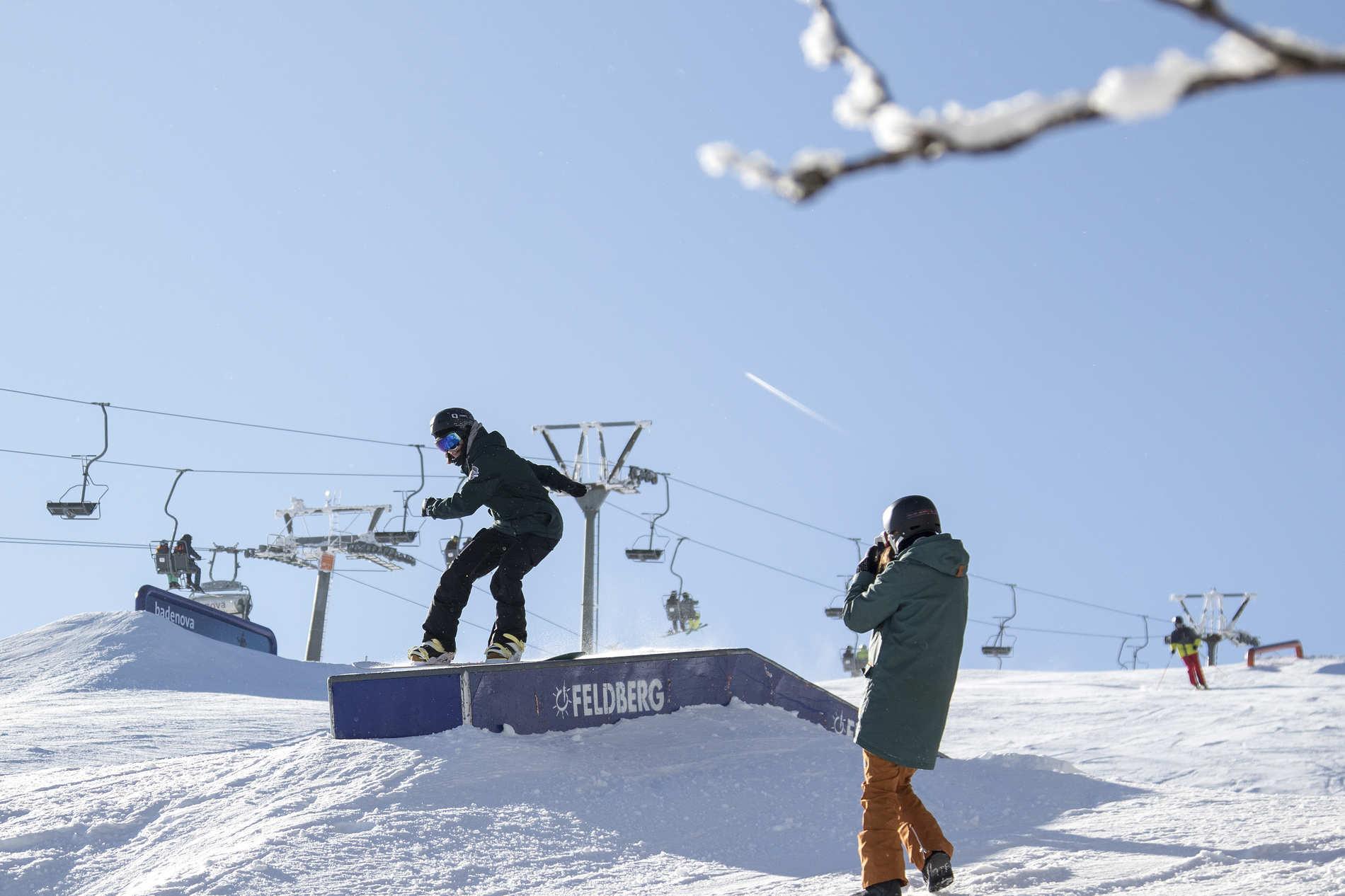 snowpark feldberg 24 02 2018 action sb alex martin herrmann qparks 12