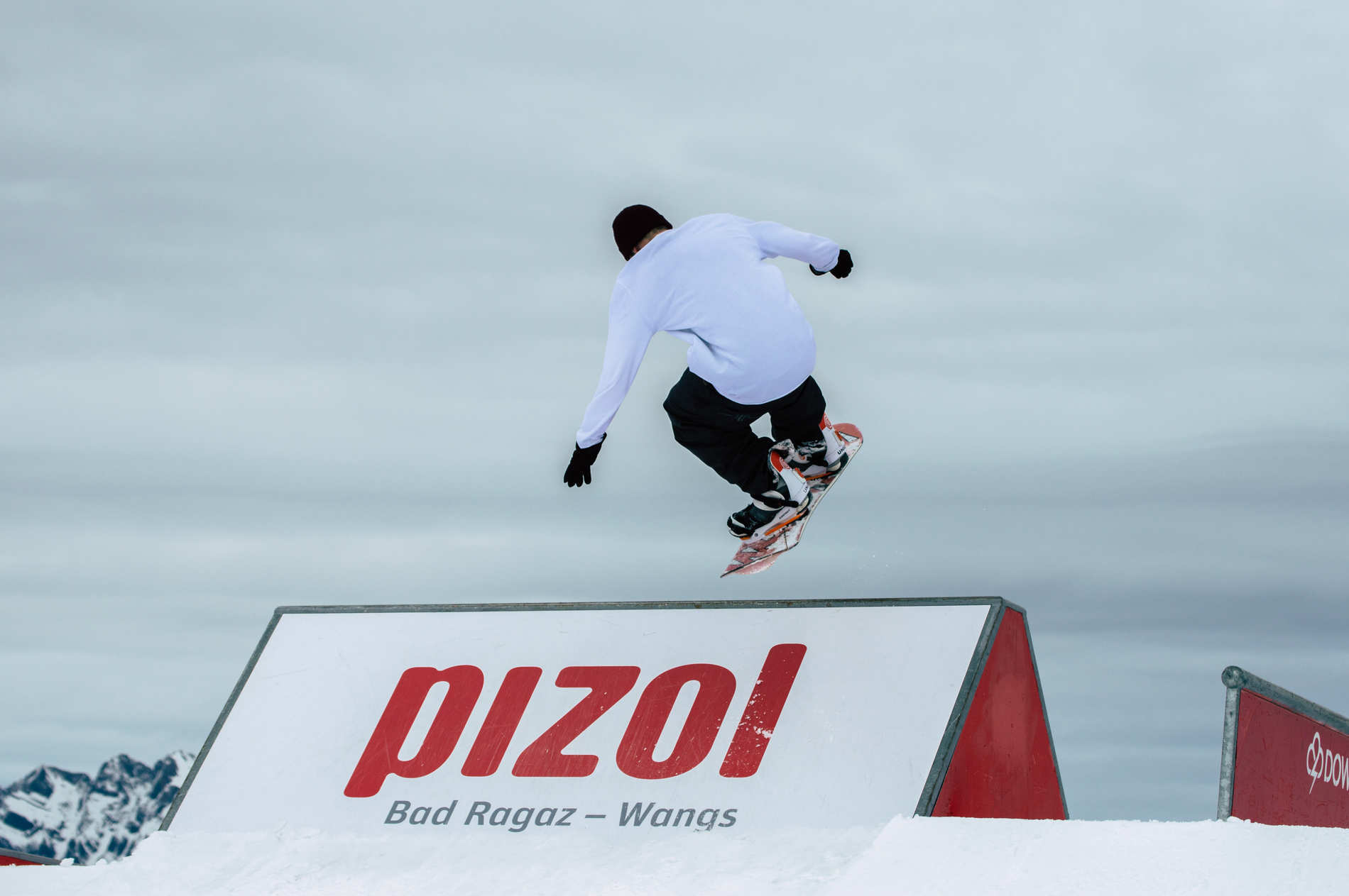 Shredpoker Pizol - Snowboard Edit