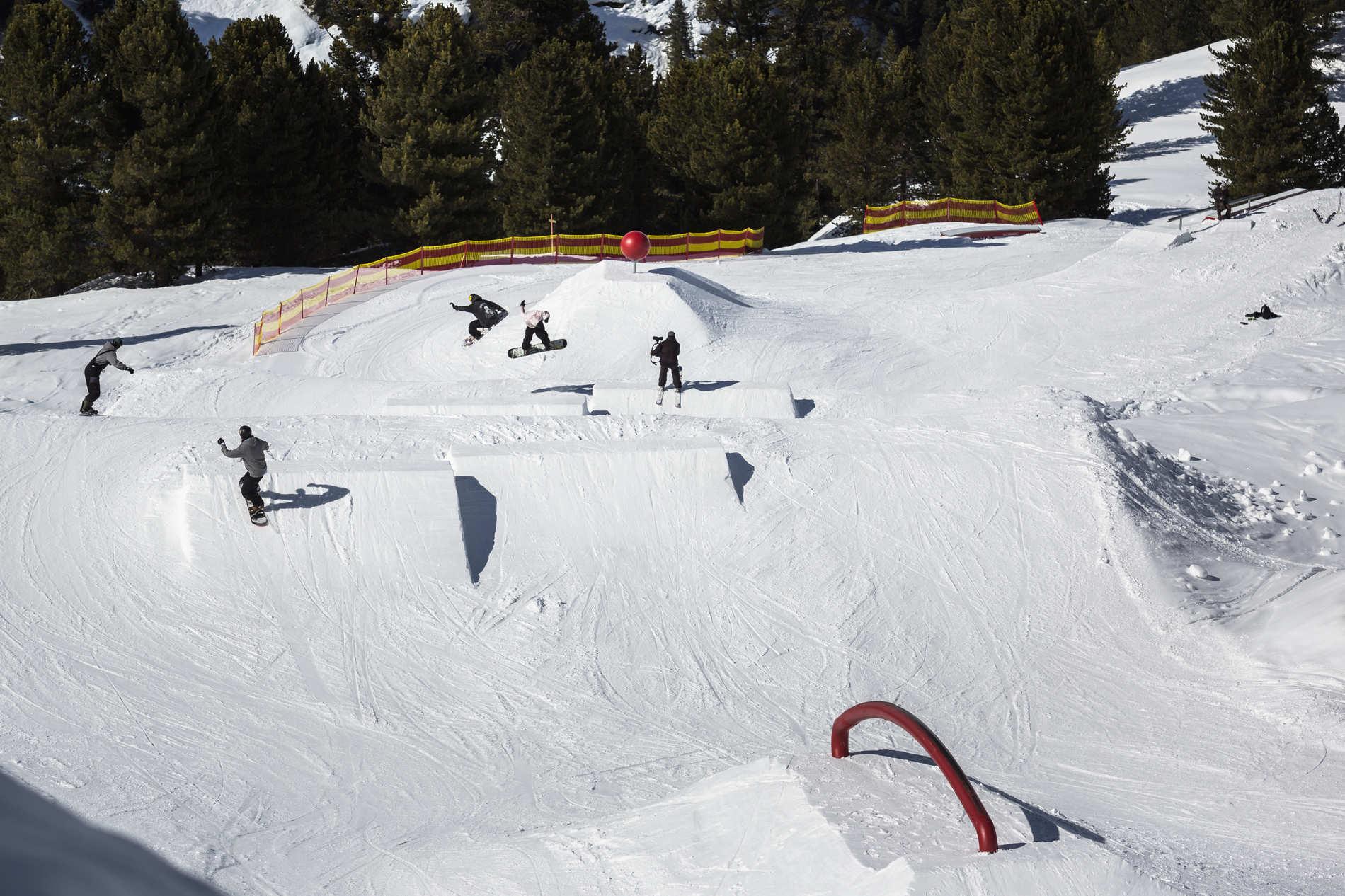 web obergurgl 14 03 2018 action sb snowboard crew roland haschka qparks 086