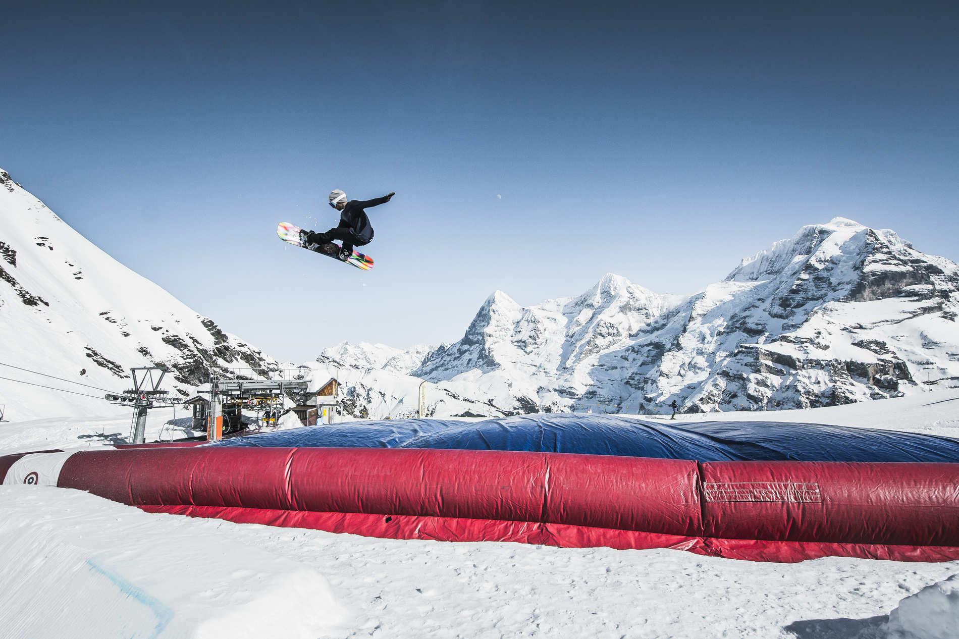 web qparks schilthorn acrobag marco joerger 79