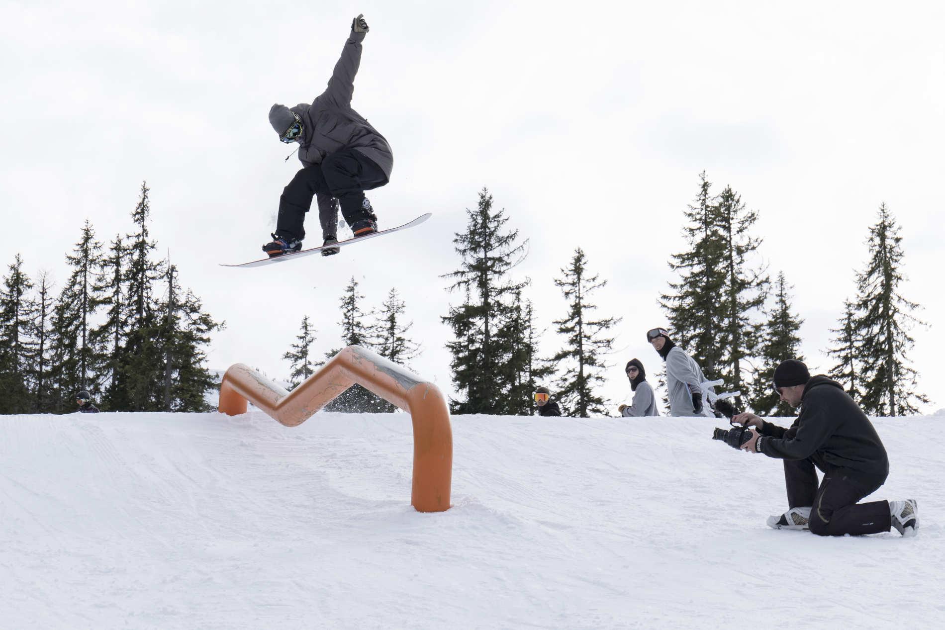 Snowboard Parkcheck - February 2016