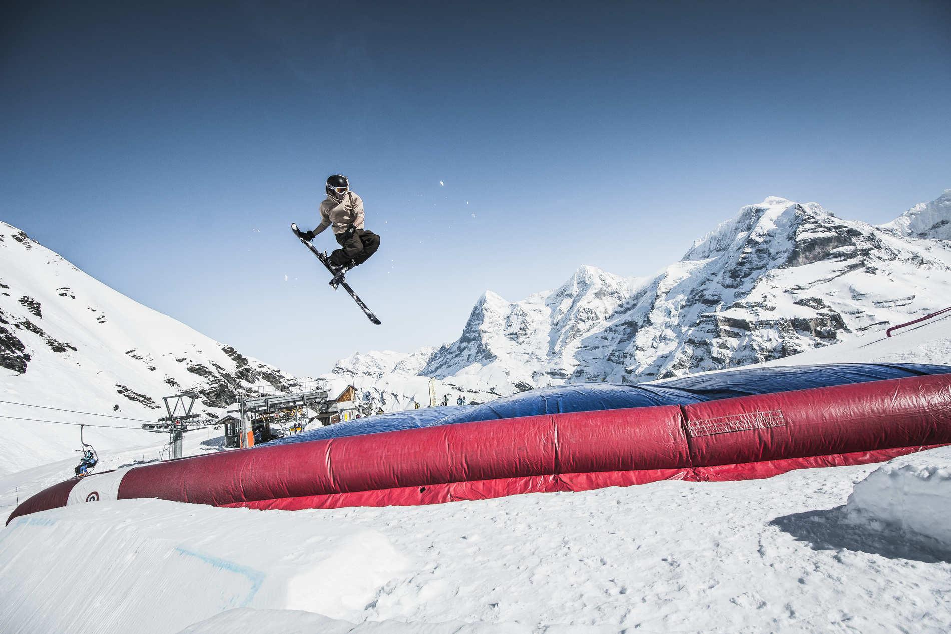 web qparks schilthorn acrobag marco joerger 72