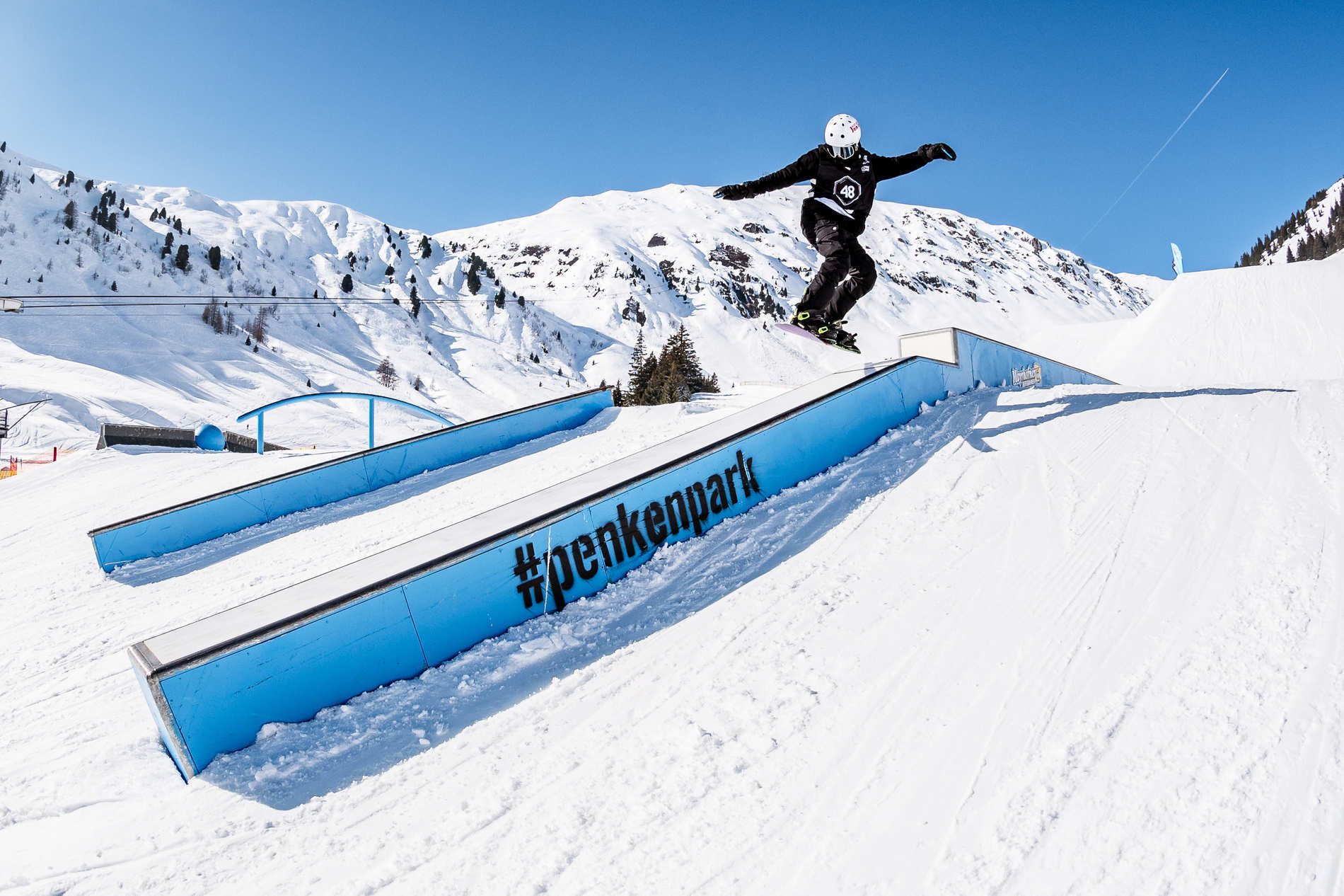 web mayrhofen 23 02 2019 action sb jonny cresswell christian riefenberg qparks 1
