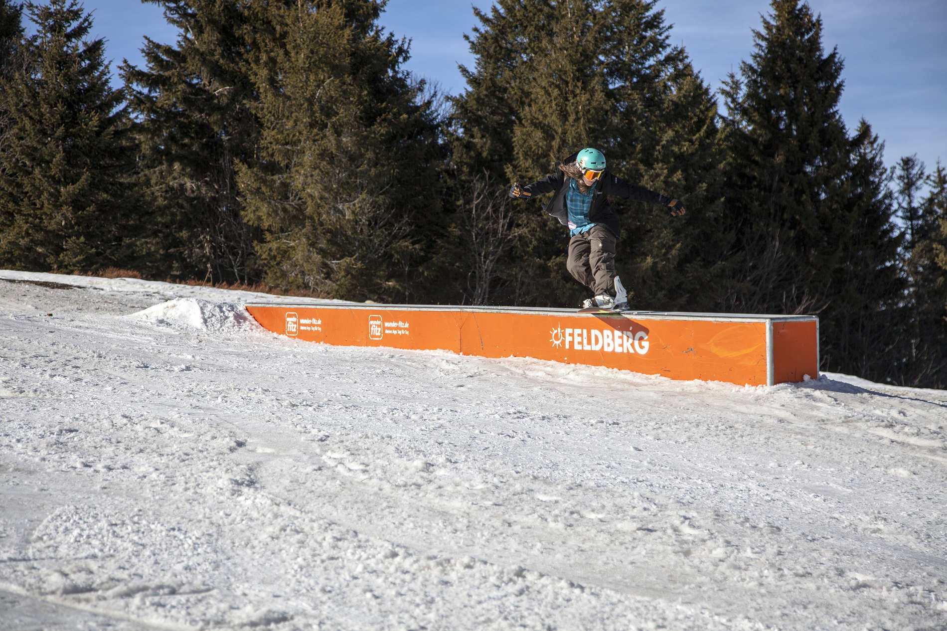 web snowpark feldberg 25 02 2017 action sb resi martin herrmann qparks 47