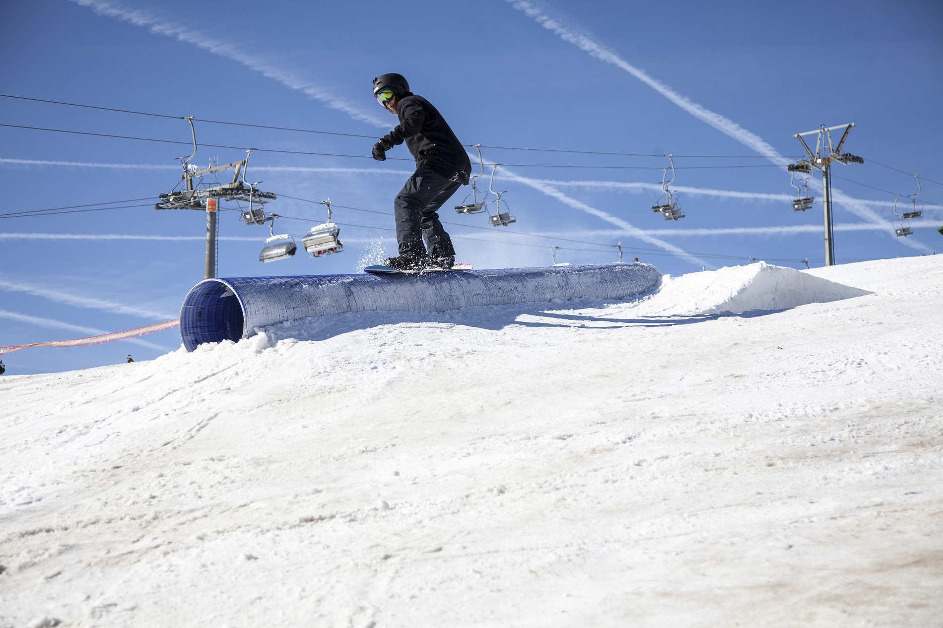 web snowpark feldberg 25 02 2017 action sb yasmin kazemi martin herrmann qparks 14