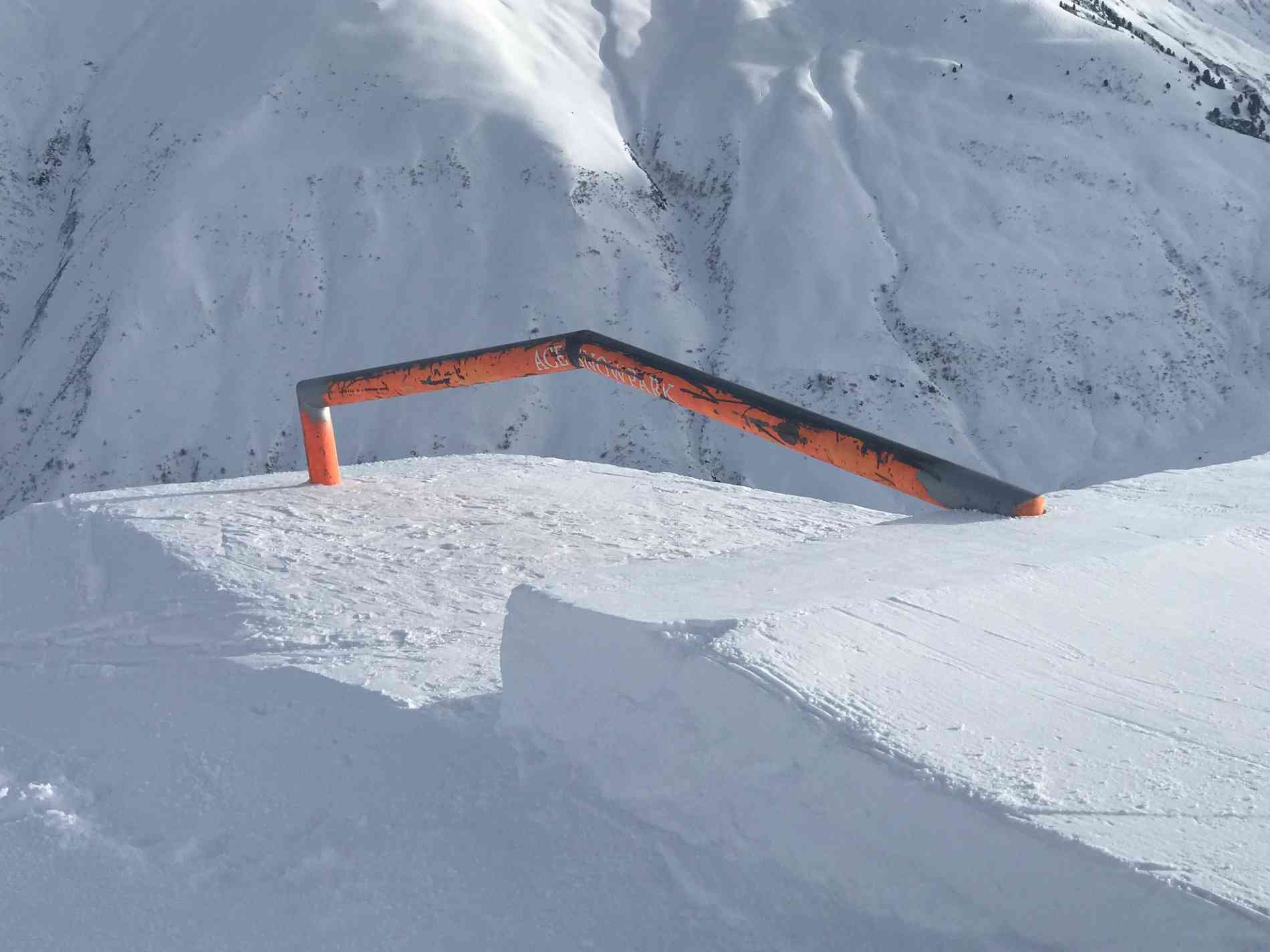 Snowpark Rail Up/Down 6m
