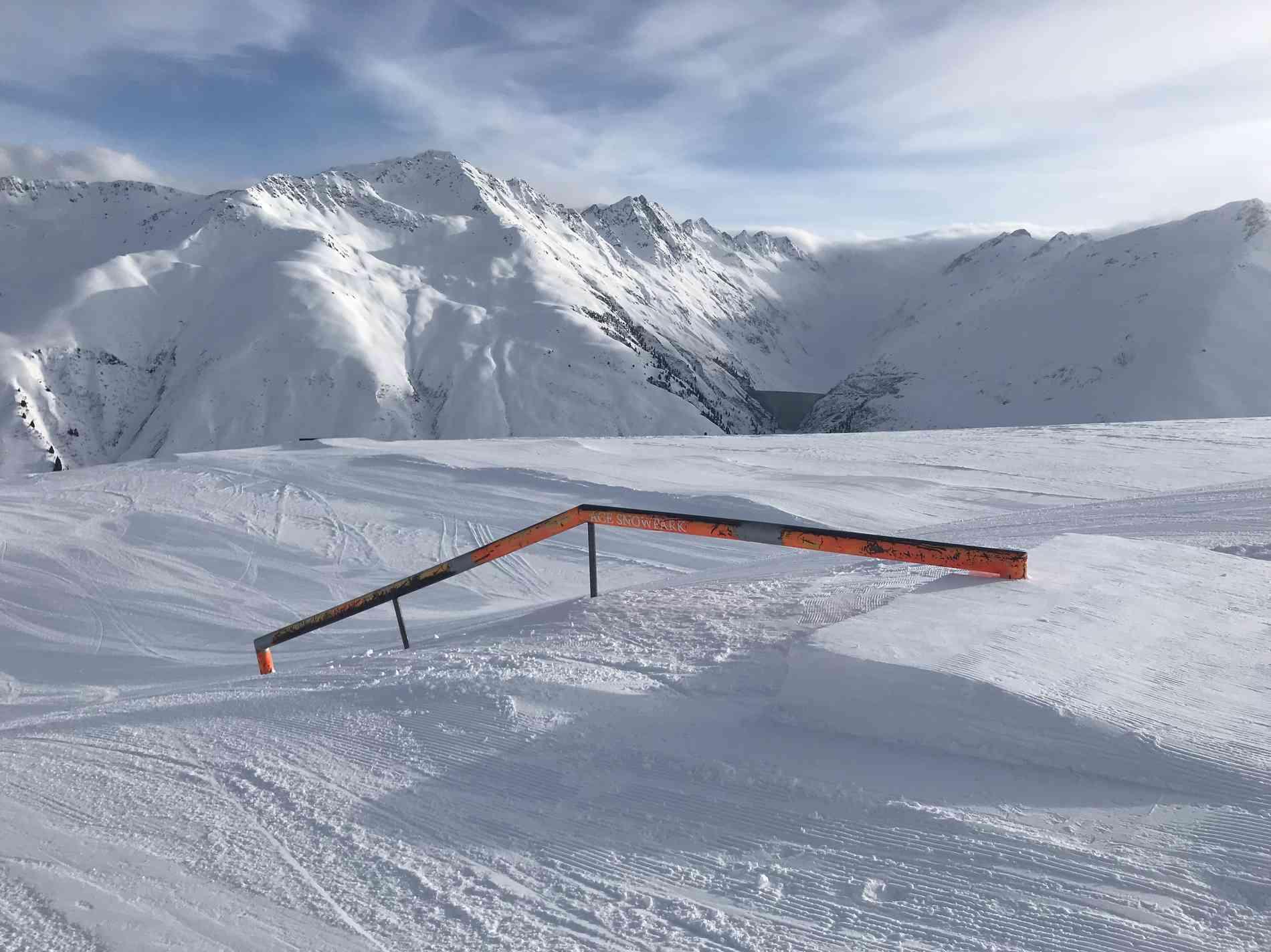 Snowpark Rail Flat/Down 10m