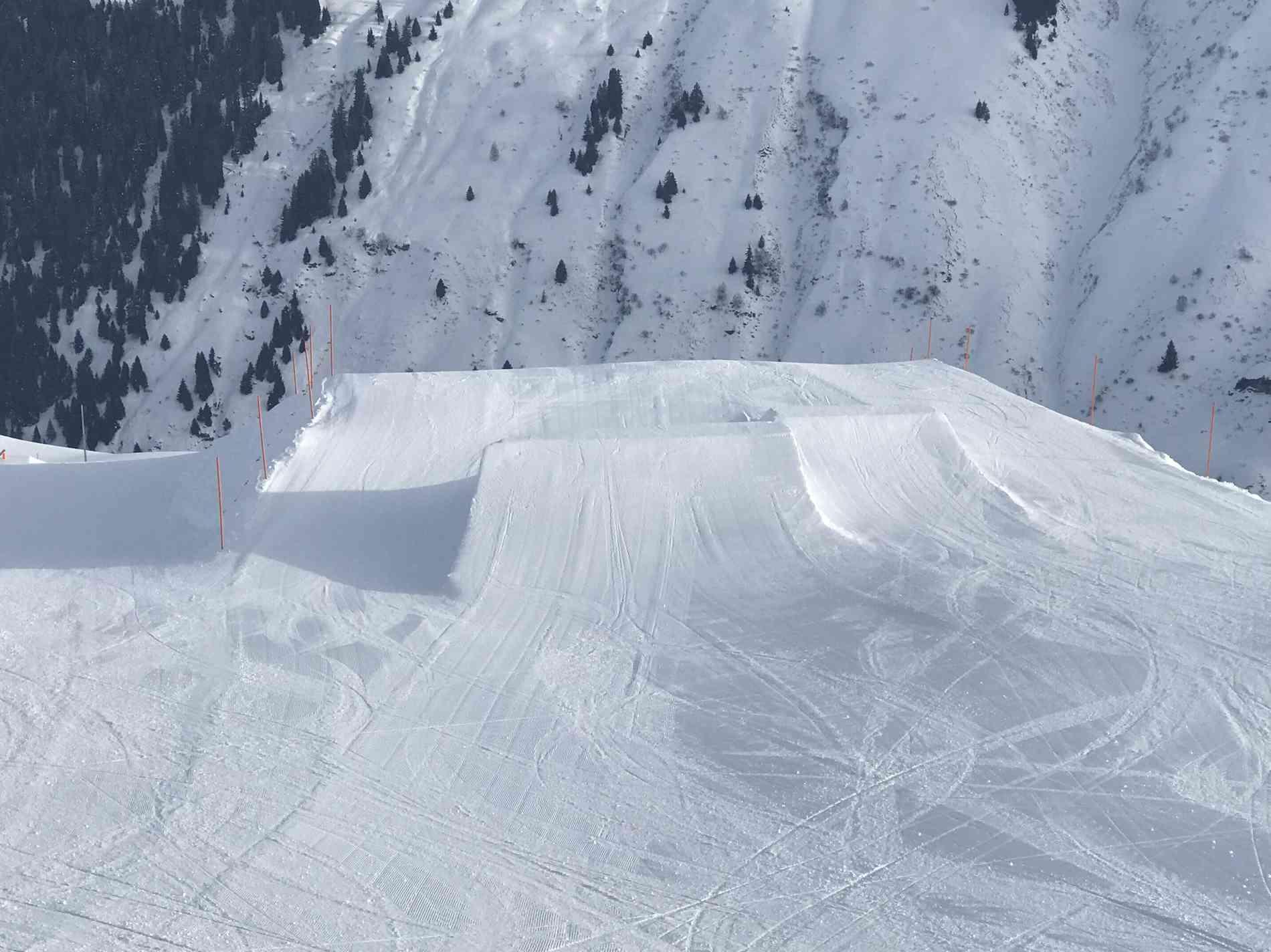 Snowpark Jump Kicker 14&18m