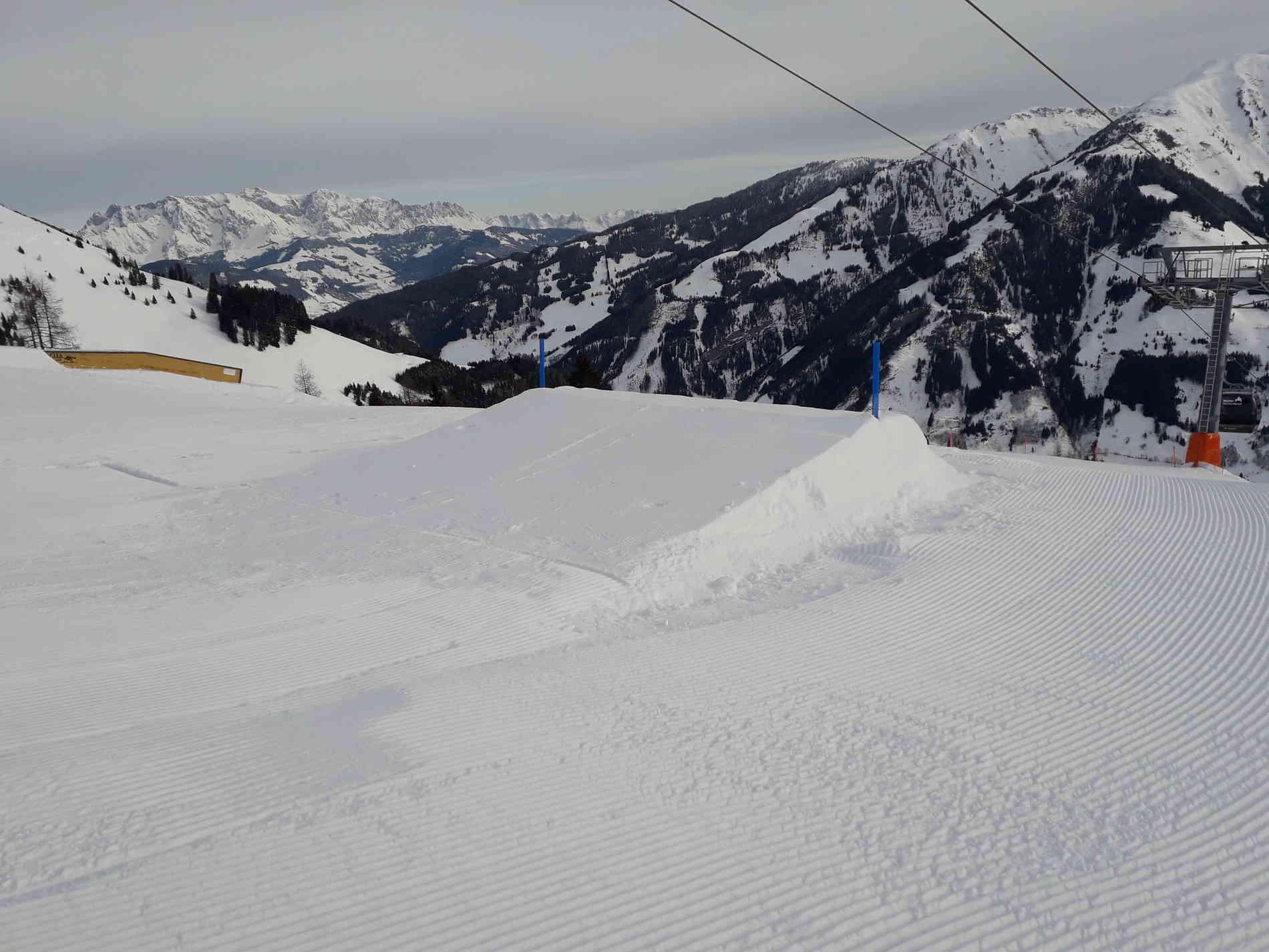 Snowpark Jump Kicker 2m