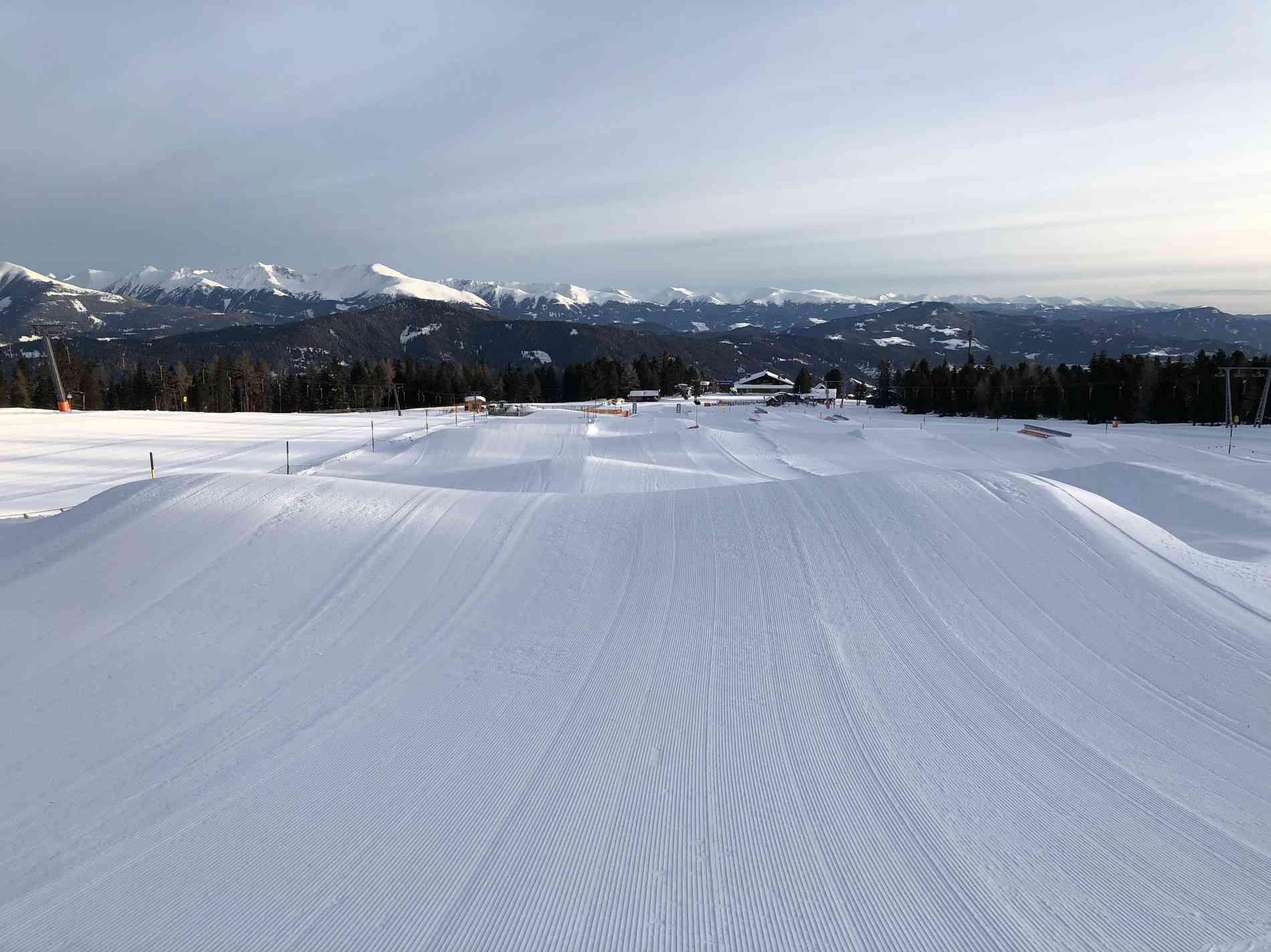 Fun Pipe Area Schnee-Elemente Banked Run